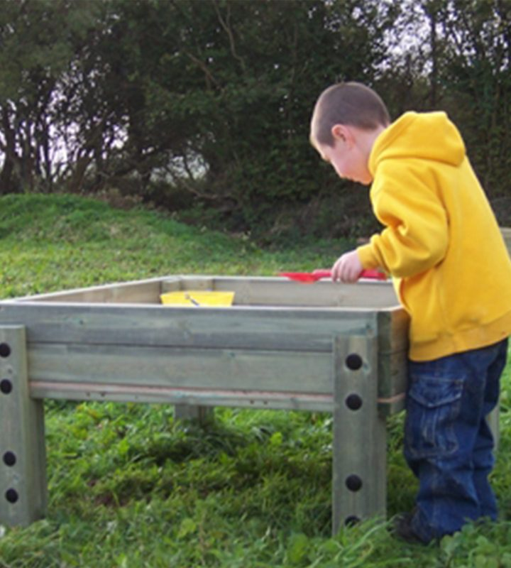 Sandpit Table with Removable Lid