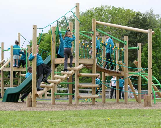 Primary School Active Outdoor Play & Learning